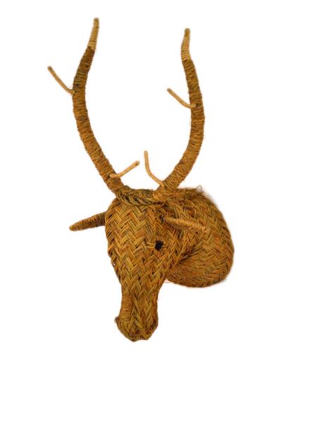 Cabeza de ciervo de esparto iluminoteca for Cabeza de ciervo