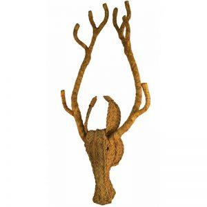 cabeza de ciervo realizada artesanalmente en esparto, un toque rustico chic en decoración