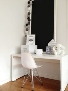 guirnalda tonos grises habitacion infantil