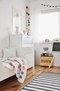 guirnaldas multicolor habitacion infantil
