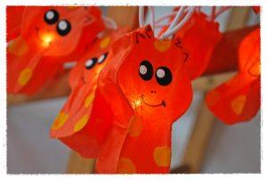 jirafas naranjas